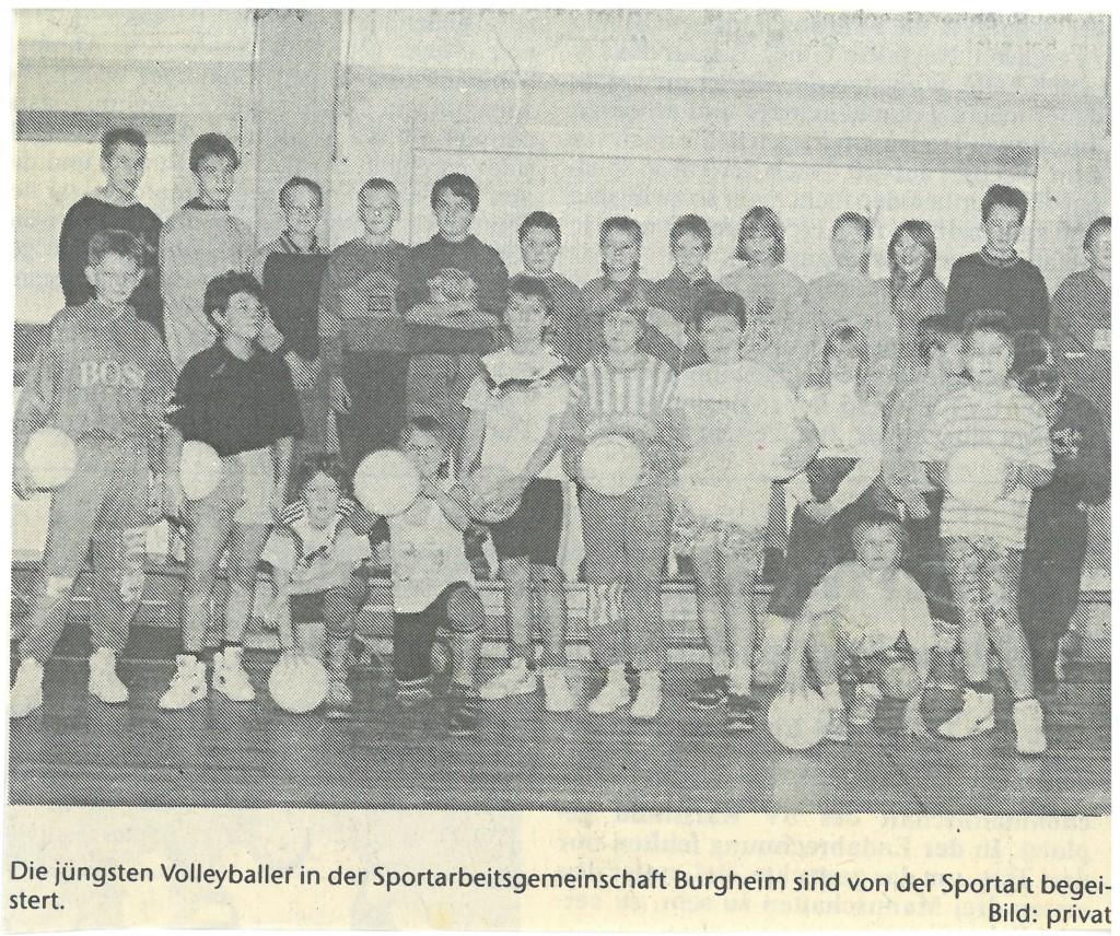 Bild von DAMALS: Volksschule Burgheim Volleyball-Stützpunkt